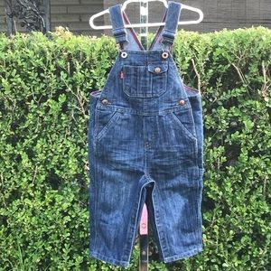 Levi's Boy Or Girl Toddler Overalls Size 18 Month